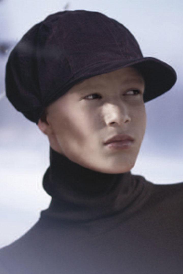 gorra 14-08 negra