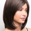 Vista lateral de la peluca Samantha de la colección Amore