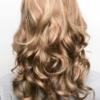 Vista trasera de la peluca Brittany de la colección Amore